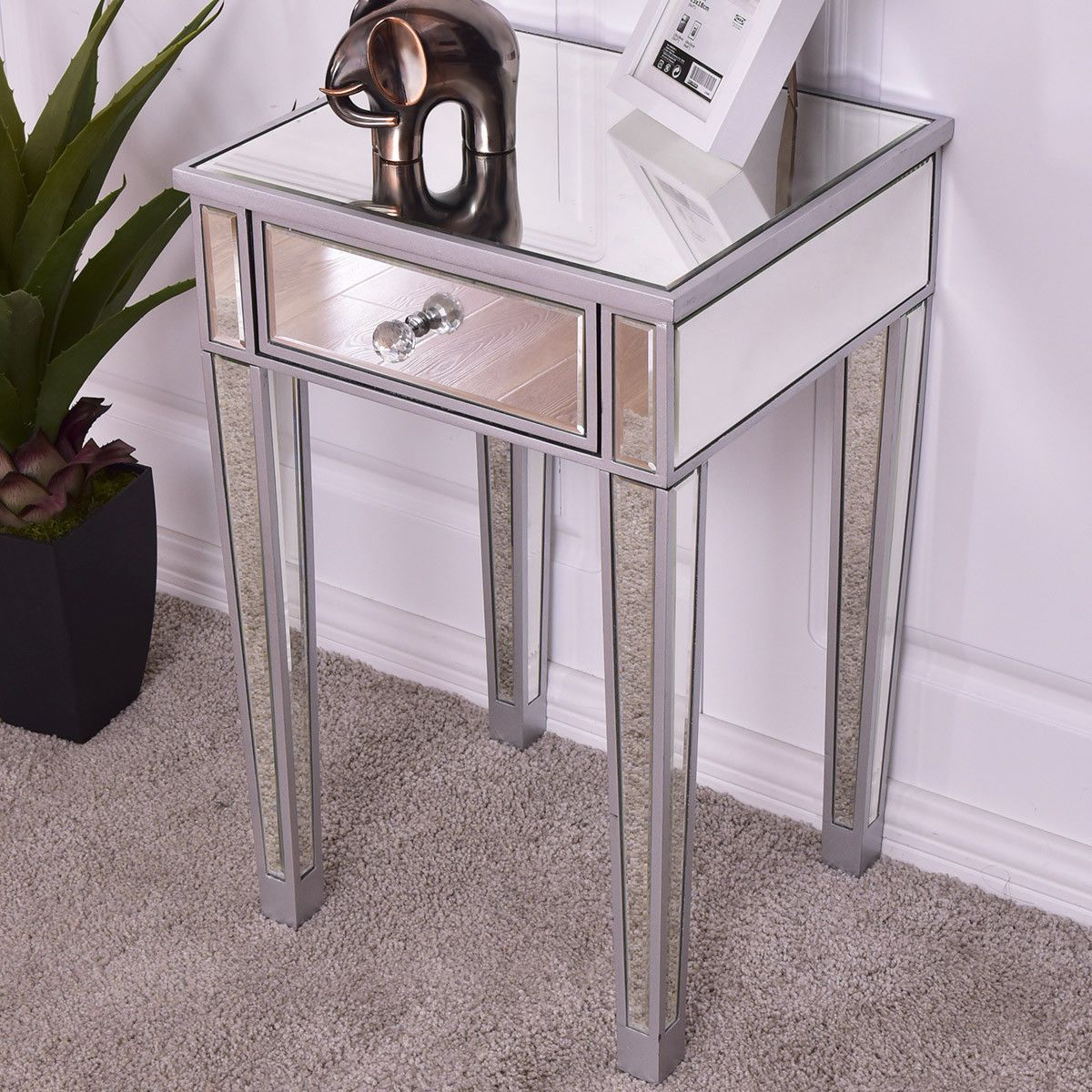 Modern Luxury Mirrored Accent End Table